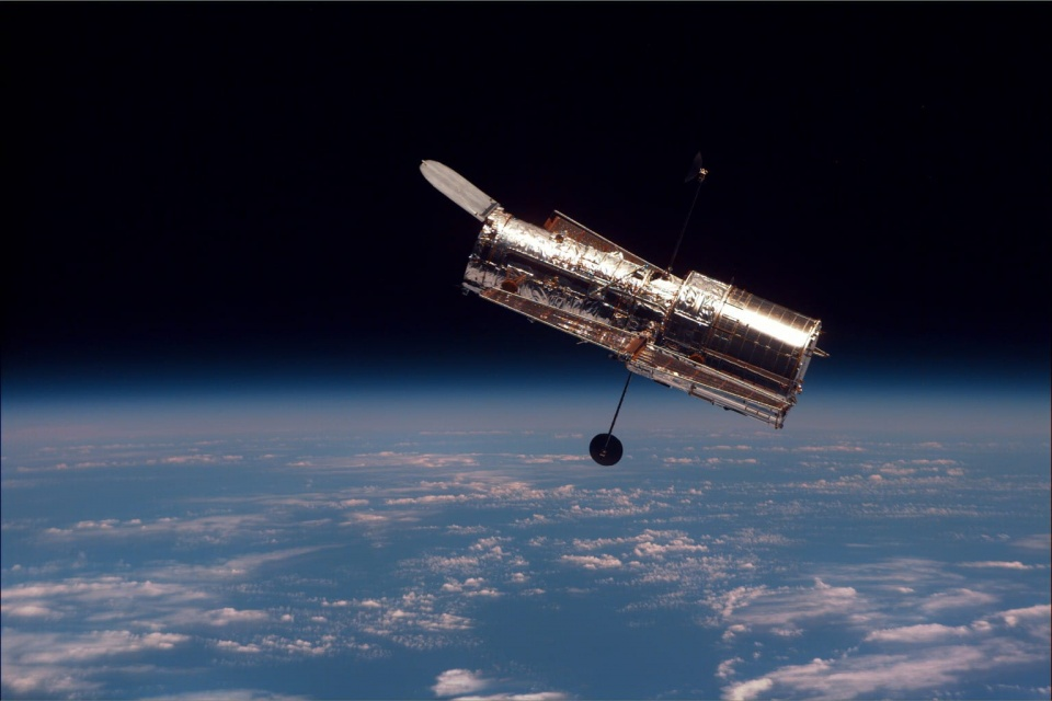 Hubble Space Telescope © NASA