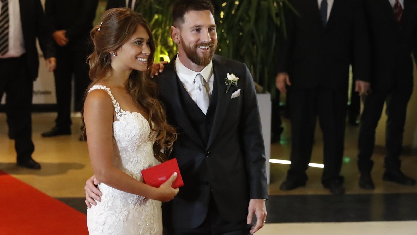 Matrimonio Messi : Messi już żonaty gości na ślubie w rosario polskie