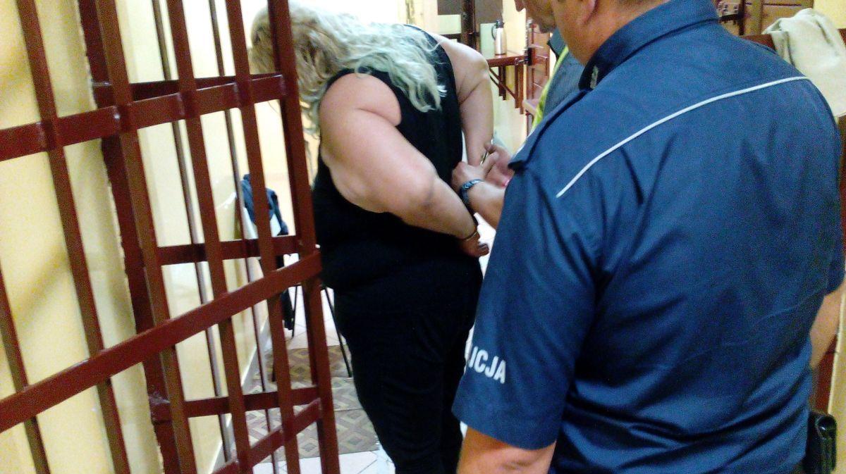2b8c9cc44 Kryminalni z KWP Bydgoszczy zatrzymali w Grudziądzu 35-letnią kobietę jej  46-letniego męża odpowiedzialnych za kradzież samochodu. Fot. KWP w  Bydgoszczy